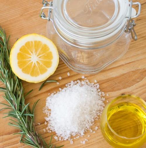 Методика осветления волос содой