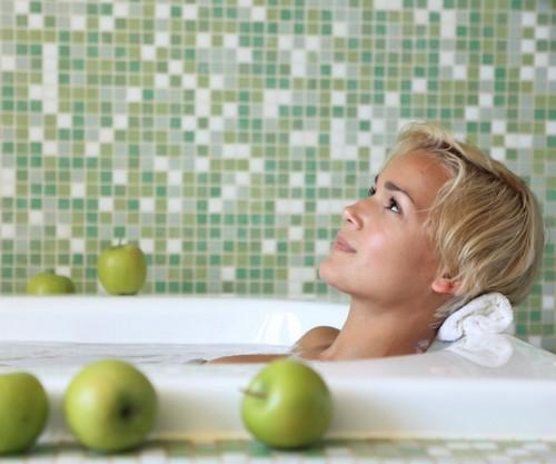 Подмывание содой при молочнице, марганцовкой, ромашкой при зуде